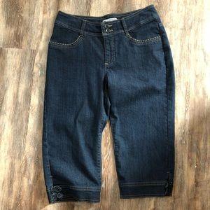 Lee slender secret jean capris Size 6 petite